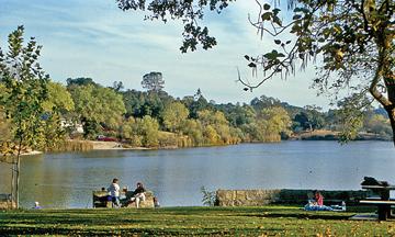Atascadero_Lake