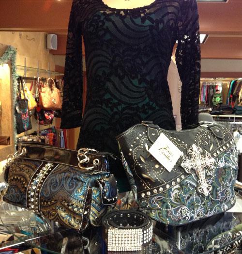 Bella-Cose-purses