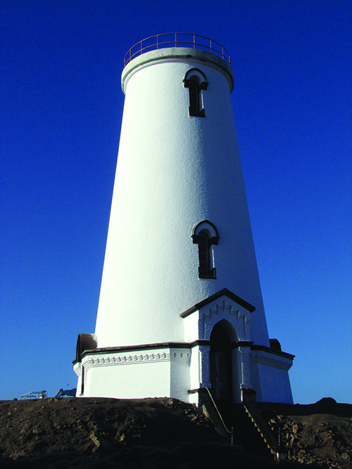 Piedras Blancas Lighthouse with new paint_web