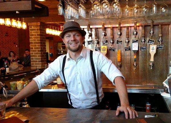 Manager Dustin Winkelpleck manning the bar.